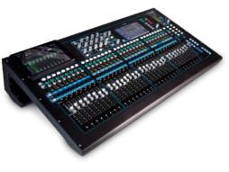 Allen&Heath Qu-32 Chrome digitalni mikser, 32 klizača